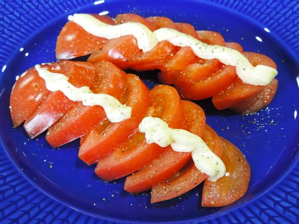 トマトのマヨネーズサラダ