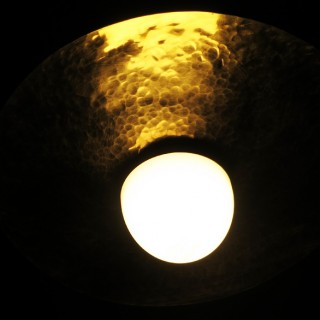 意外とおしゃれかも?真鍮製ランプシェードを自作したら部屋の雰囲気が良くなった件