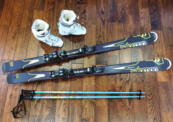 新品のスキーセット