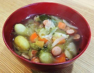 【簡単料理】野菜たっぷりスープで野菜不足とさよならしよう