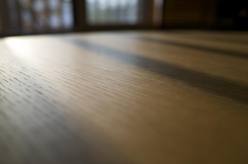 木のテーブルの天板