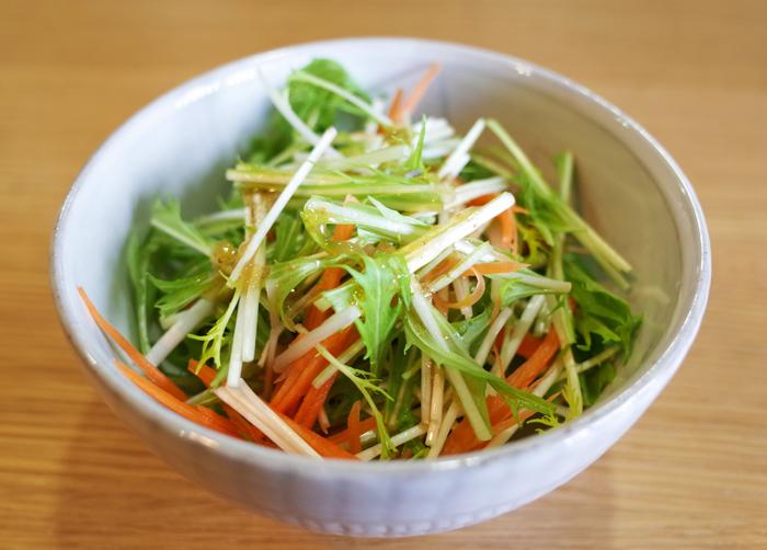 水菜と人参のサラダ