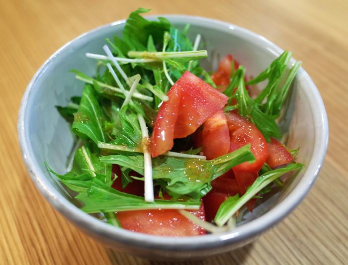 トマトと水菜のサラダ