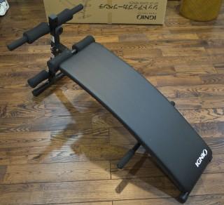 IGNIO シットアップカーブベンチを使うと腹筋と背筋がやばいことになる