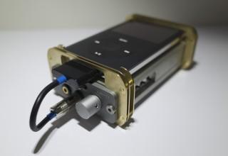 【ポタアン】MHaudio HA-11とiPodを固定する真鍮製の金具を作ってみた