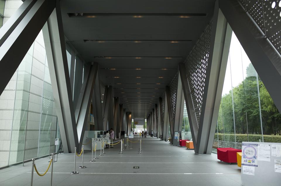 東京都現代美術館 通路