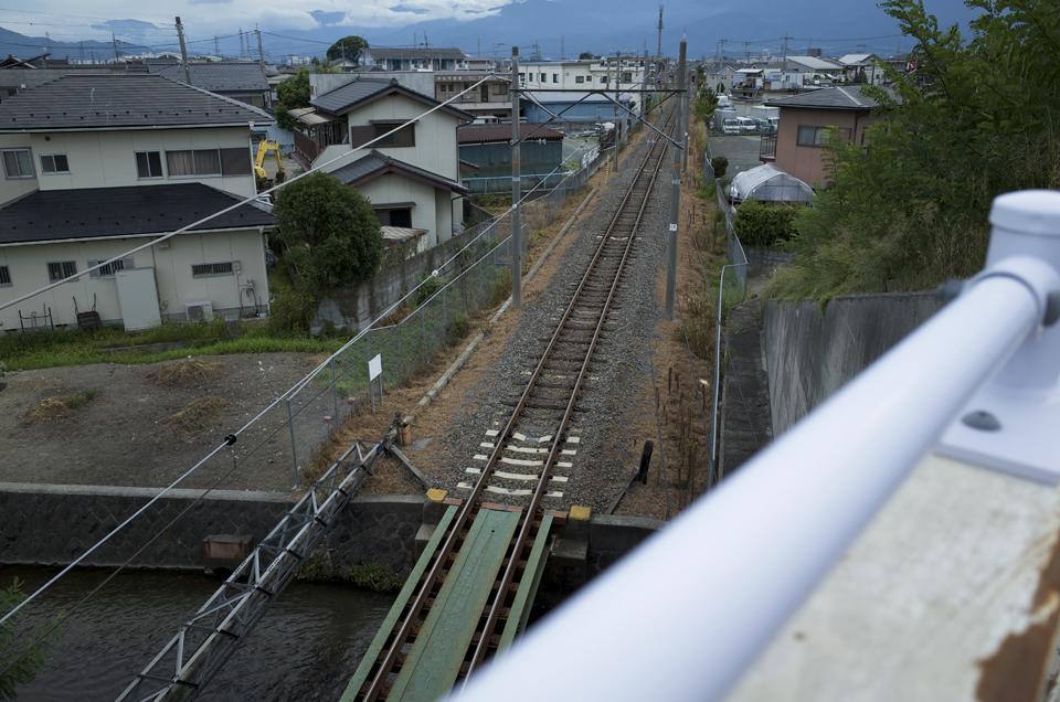 陸橋の上から見た線路