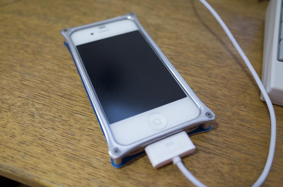 iPhone4Sを同期中