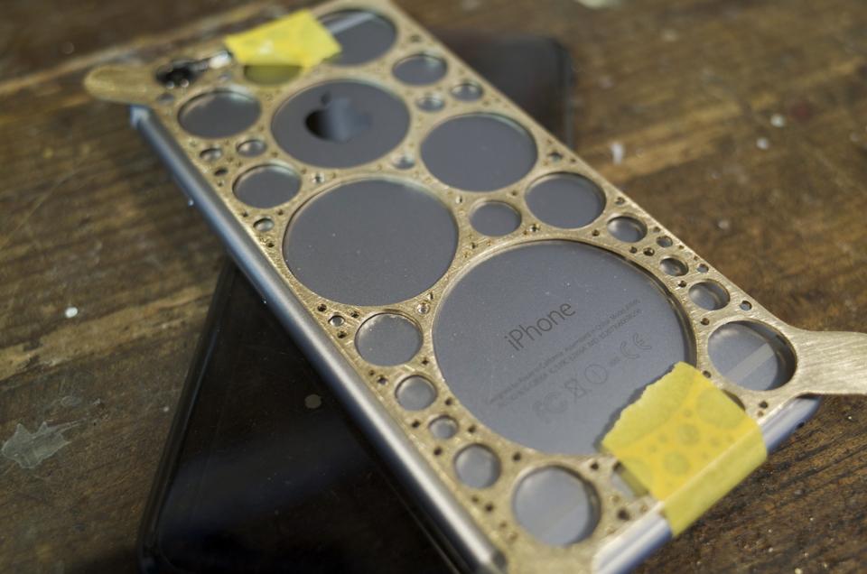 真鍮製iPhone6ケース 制作途中