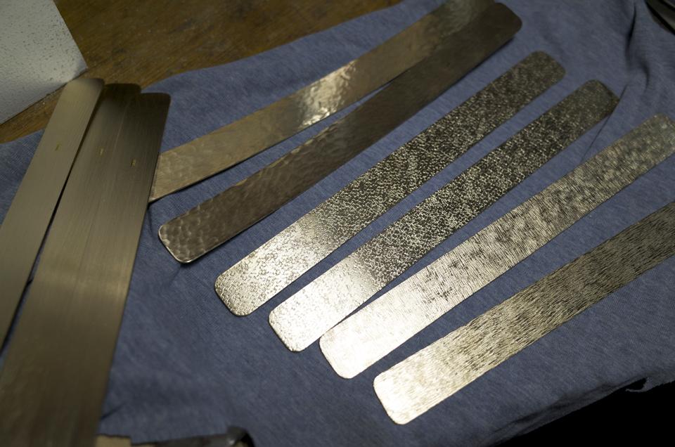 真鍮製 スマホスタンド製作途中