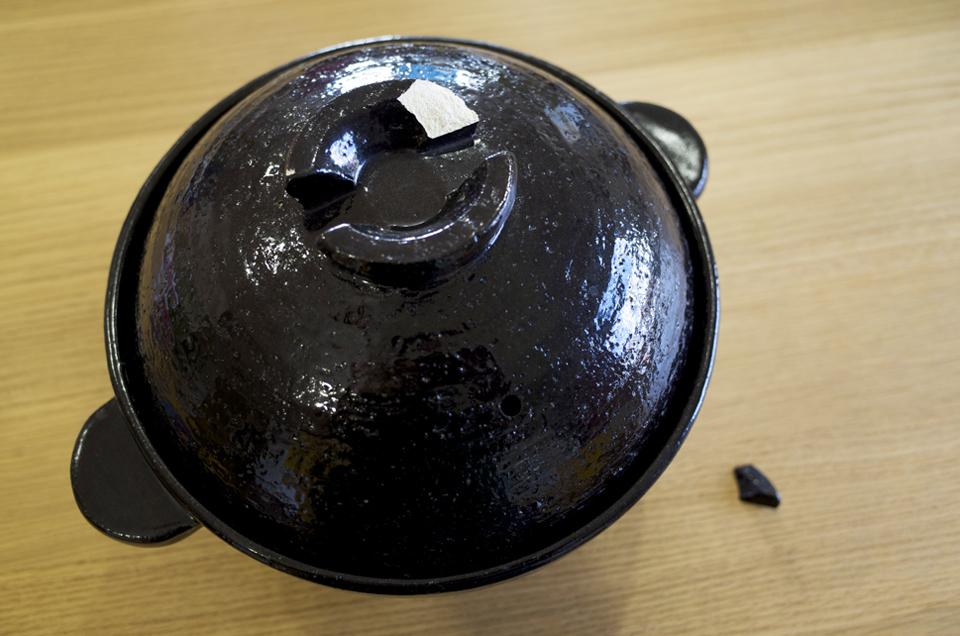 土鍋の蓋の金継ぎ