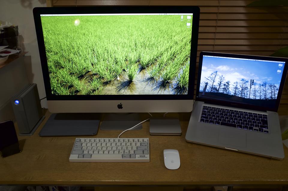 とりあえずiMacの設置はこんな感じ
