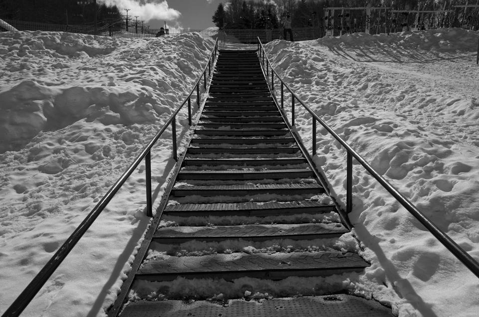 スキー場の階段