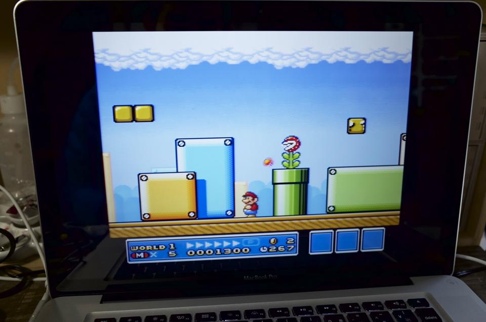 MacBookProでマリオをプレイ