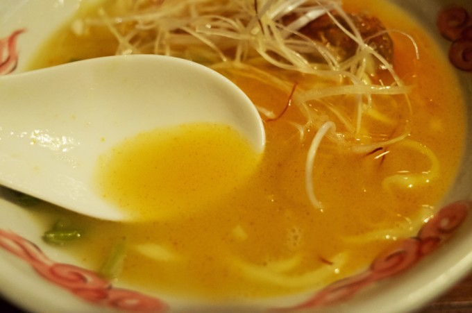 ぶらり 鶏辛白湯