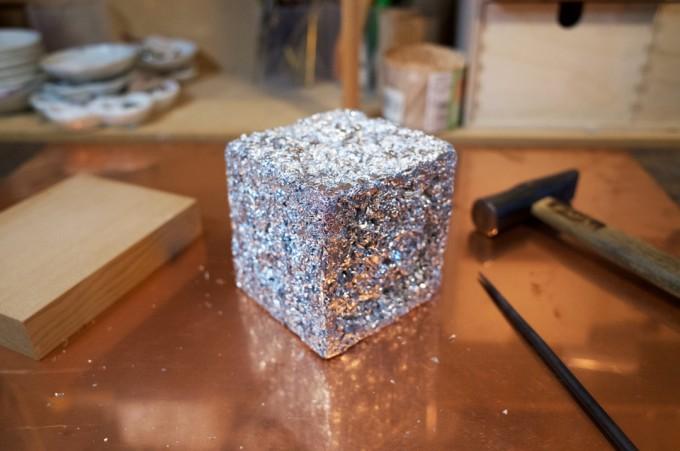 アルミホイルで立方体を作る