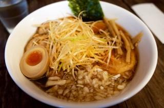 【香味屋】高尾駅周辺で食べることができる美味しい八王子ラーメンのお店