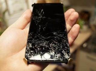 ジーニアスバーで修理の予約したよ…iPhone6を落として割ってしまったのときの応急処置