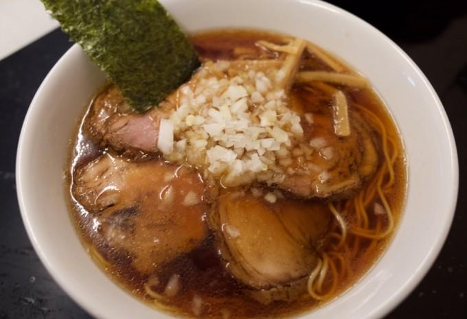 香味屋のチャーシュー麺