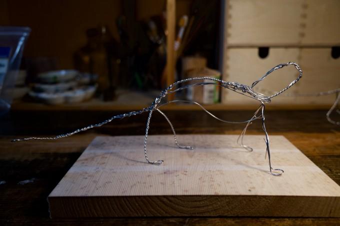 真空管と電子パーツを使った作品の模型