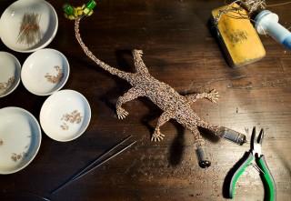 【作品制作】足と尻尾をくっつけて、パーツの密度が高まってきました!